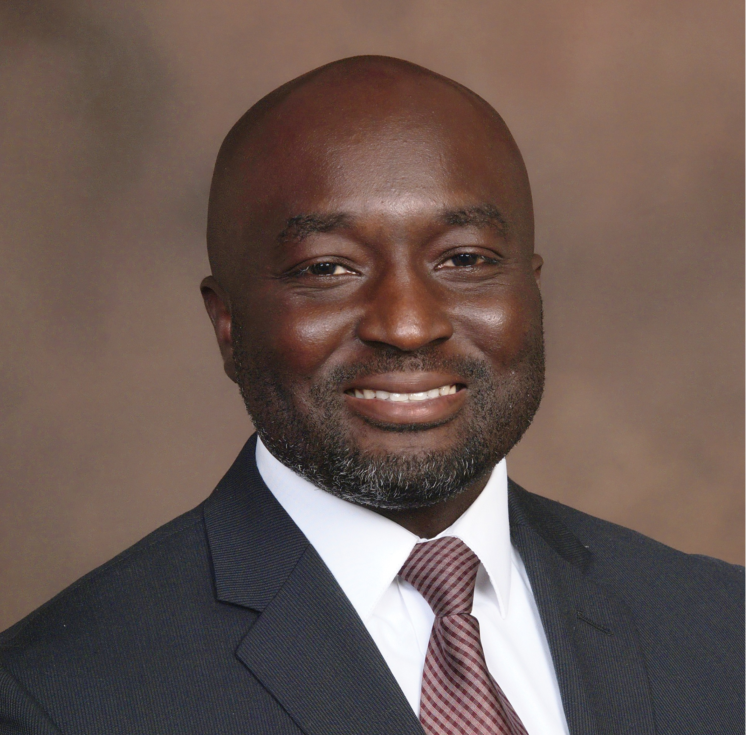 E Yamoah Photo 1 (with tie).jpg
